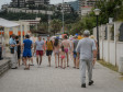 BUDVA, Crna Gora - 19.jun 2017: Ljetnja turistička sezona u Budvi, metropoli crnogorskog turizma u punom je jeku. Sve je više gostiju u ovom primorskom gradu, a najveće gužve očekuju se početkom jula. Trenutno u ovom gradu boravi preko 20 hiljada turista, uglavnom stranaca, koji su oduševljeni plažama i čistom vodom na budvanskoj rivijeri  ( Adel Ömeragiç - Anadolu Agency )