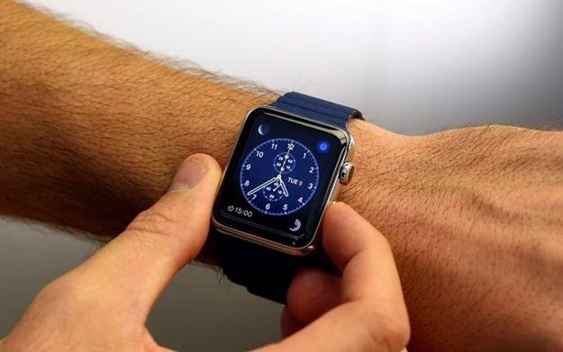 apple-10042015-625hina1