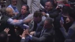 Napadnuti-demonstranti-koji-su-vrijedjali-Erdogana-u-New-Yorku