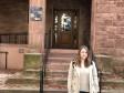 Velika Kladuša, BiH - 10. decembar 2017:  Hana Galijašević (18) iz Velike Kladuše, nedavno je na završnom turniru šampiona iz općeg znanja koji je održan u New Havenu na Univerzitetu Yaleu, u kojem je učestvovalo 1.100 takmičara iz 50 zemalja, osvojila nevjerovatnih 14 medalja od ukupno 17 mogućih i to tri zlatne i 11 srebrenih, čime je svrstana u sami vrh ovog završnog turnira. O svom uspjehu Hana je govorila za Anadolu Agency (AA).  ( Privatni album  - Anadolu Agency )