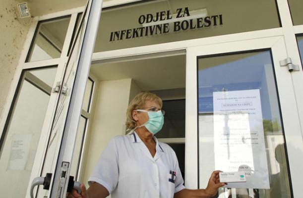 bolnica_gripa3-200709-696x456