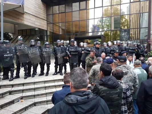 protesti boraca parlament fbih april 2018 1 foto patria