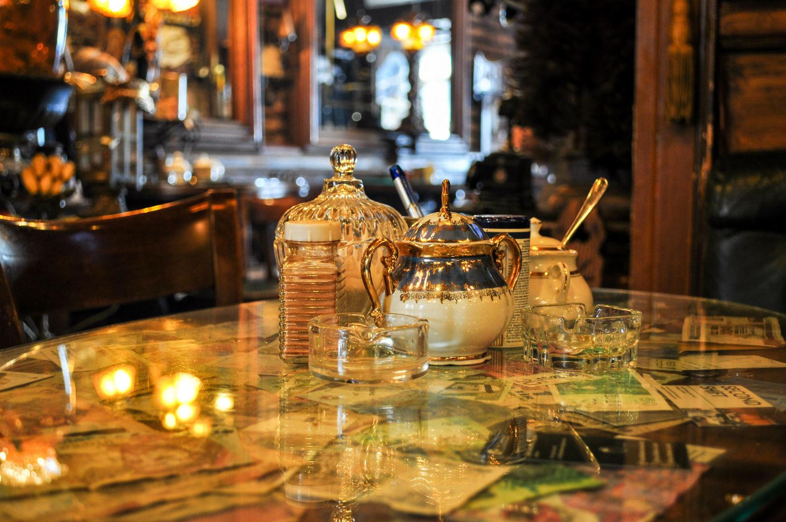 Sarajevo - kafe bar Zlatna Ribica 61500901
