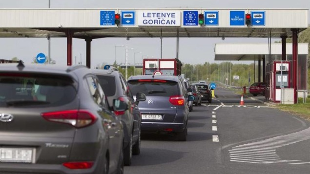 epa05893958 Motorists queue on the first day more stringent provisions of the Schengen Borders Code are applied, at the Hungarian-Croatian border checkpoint of Letenye, 232 kms southwest of Budapest, Hungary, 07 April 2017. The change of regulations requires all EU member states to check every person entering or leaving the Schengen territory.  EPA/GYORGY VARGA HUNGARY OUT