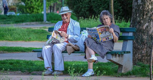 stariji-par-pixabay
