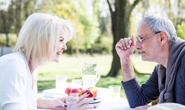 starost stari ljudi vježba mozak ljubav par