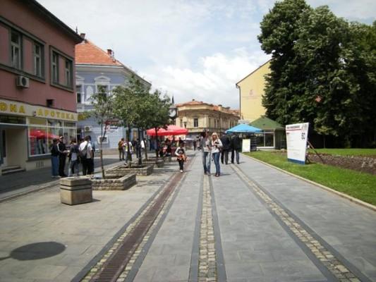 korzo-suncano-sa-tv-ekipom-v