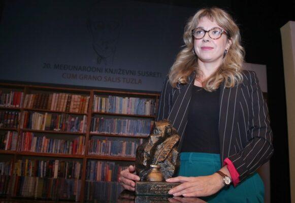 "Nagradu Meša Selimović dobila je Ivana Bodrožić za roman ""Sinovi, kćeri"""